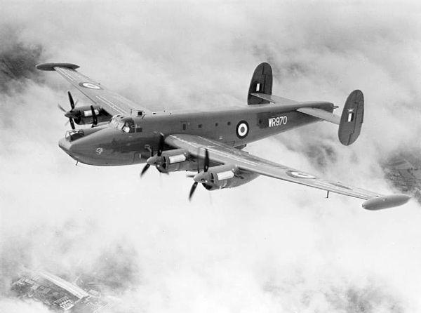 600px-Avro_Shackleton_MR3_in_flight_c1955